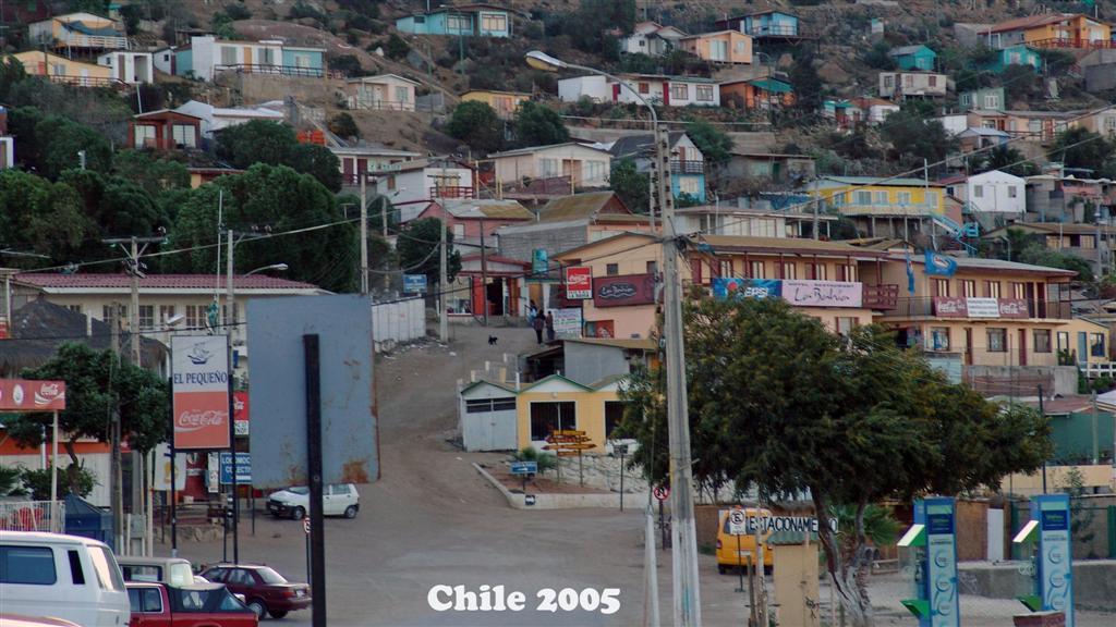 DSC01494-1 Chile 2005 16x9 (Large)
