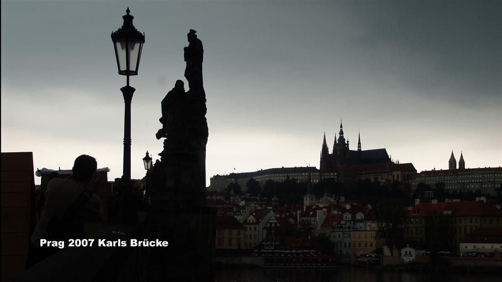 DSC02284-1 Prag Karls Brücke 16x9 (Large)